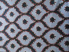 Voici ce que je viens d'ajouter dans ma boutique #etsy : Wax Tissu pagne africain en coupon 90cm x 118cm http://etsy.me/2EAlxJo #fournitures #bleu #couture #coton #lavable30a #lagracewax