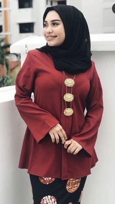 Beautiful Arab Women, Beautiful Hijab, Beautiful Asian Girls, Beauty Around The World, Turban, Costumes, Mom, Sexy, Womens Fashion
