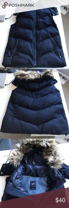 Gap vest Gap vest in navy blue with removable fur hood. Keeps you super warm and stylish on those cold days! GAP Jackets & Coats Vests