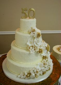 118 best 50th Anniversary Cakes images on Pinterest in 2018 ...