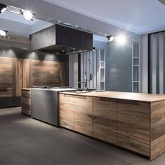 Just the right contemporary Kitchen furniture can make quite a difference both in comfort and eye appeal. See these kitchen furniture picks for ideas. Home Decor Kitchen, Kitchen Furniture, Home Kitchens, Wooden Kitchens, Kitchen Ideas, Modern Kitchen Design, Interior Design Kitchen, Beech Kitchen, Kitchen Island