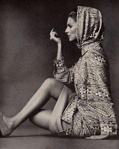 30bazaar-march-1966-152.jpg (480×600)