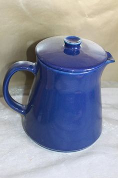 Arabia of Finland Kilta Blue Coffee Pot by Kaj Frank. Coffee Cafe, Hygge, Kettle, Finland, Tea Pots, Scandinavian, Pottery, Tableware, Unique Jewelry