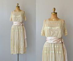 Une valeur de la robe de l'adaptation  robe d'années par DearGolden