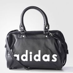 1970s-style holdall: Adidas Archive Speed Bag