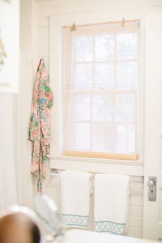 White and blue trellis towels, floral robe