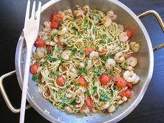 quick pesto shrimp pasta