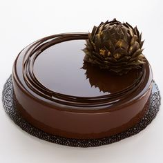 835 mentions J'aime, 19 commentaires – Margarita (@margaritasamusenko) sur Instagram : « Мужской торт с шоколадным артишоком✨внутри два миндально-шоколадных бисквита (без муки); паста… »