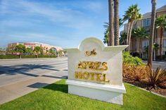 Ayres Hotel Anaheim 4.5 of 5 stars 1,541 Reviews #1 of 115 Hotels in Anaheim https://twitter.com/MyCityHotels/status/664306924452765696