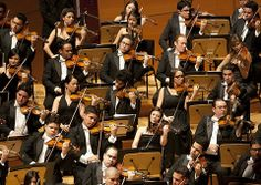 Mahler: Symphony No. 2 / Dudamel · Simón Bolivar Symphony Orchestra of Venezuela