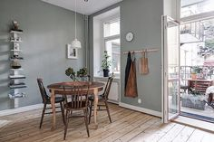 Welcome to Prinsgatan 6A, a wonderful home with large rooms, a working fireplace and two balconies 👏🏼 - Styled by team @sarahwidman @elinkicken @evalottasundling and photo by Fredrik Karlsson #alvhem #linné