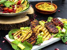 Gegrilde ananas & Tempeh salade met humus. — Nigelvdhorst.com