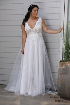 70d3c9f03013f Plus size wedding gowns 2018 Tracie (2) Plus Wedding Dresses