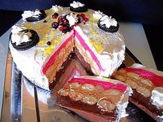 Nagyon finom sütés nélküli édesség, amit képtelenség megunni. Könnyen elkészíthető és tényleg csodás. Hozzávalók: 2 x 0,5 liter tej 1,5 csomag puncs pudingpor ( Haas ) 1,5 csomag csokoládé pudingpor 1 csomag gesztenyemassza ( 25 dkg ) 25 dkg margarin … Egy kattintás ide a folytatáshoz.... →