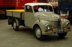 IFA Barkas-Famo V 901 1955 Small Trucks, Big Trucks, Classic Trucks, Classic Cars, Vintage Cars, Antique Cars, Beast From The East, Old Lorries, Mini Bus