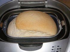 Pane con il lievito madre nella macchina del pane