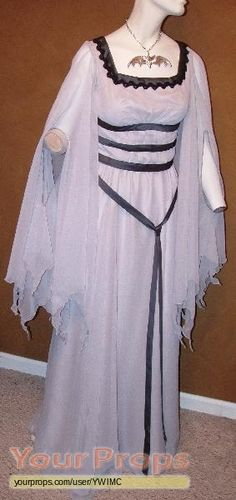 The Munsters Lily Munster gown replica TV series costume Movie Costumes, Cosplay Costumes, Halloween Costumes, Halloween Stuff, Halloween Queen, Party Costumes, Halloween Horror, Halloween 2020, Halloween Ideas