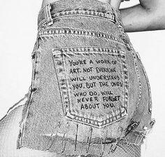 Ideas for sewing diy clothes closet Diy Jeans, Diy Clothes Jeans, Painted Jeans, Painted Clothes, Diy Fashion, Ideias Fashion, Fashion Outfits, Fashion Design, Fashion Ideas
