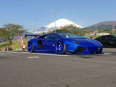 Lamborghini Aventador LBW