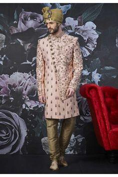 Get a charming dynamism with this Pink Colour Art Banarasi Silk Men's Sherwani. Wedding Dresses Men Indian, Wedding Outfits For Groom, Wedding Dress Men, Boho Wedding, Farm Wedding, Wedding Couples, Wedding Reception, Wedding Ideas, Mens Sherwani