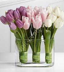 Картинки по запросу креативные композиции с тюльпанами