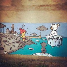 Street Art by Jace : Drôle de touriste