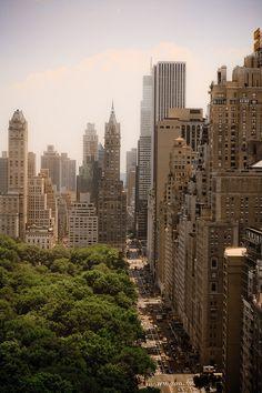 New York is always a good idea #travelingTOMS