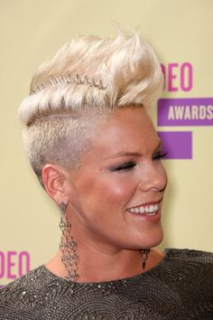 Pink Singer Pink arrives at the 2012 MTV Video Music Awards at Staples Center on September 6, 2012 in Los Angeles, California.