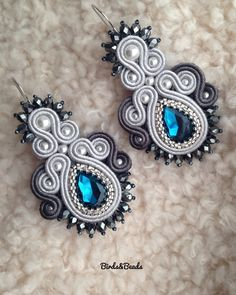 Shared from Pinster Macrame Earrings Tutorial, Soutache Tutorial, Earring Tutorial, Bridal Earrings, Beaded Earrings, Leather Jewelry, Boho Jewelry, Jewelry Crafts, Jewelery