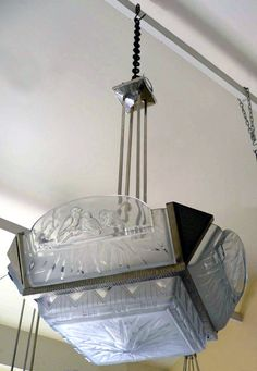 1000 images about luminaire art deco on pinterest art deco art deco chandelier and art deco. Black Bedroom Furniture Sets. Home Design Ideas