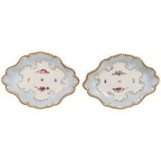 Pair of Flight Barr and Barr Worcester Porcelain Dishes Painted Soft Baby Blue