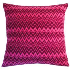 Seven Gauge Studios - Chevron Knitted Cushion - Dark Red & Pink - 40x40cm