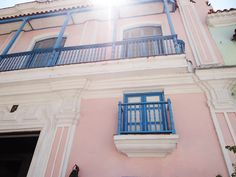A trip to Cuba reveals a unique combination of chalky pastel pink and azure.