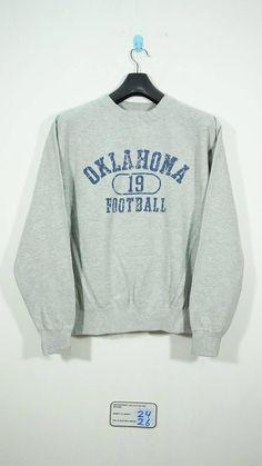 828c2c69b6c6 Vintage Champion Oklahoma Football Sweater SIze Large L   Champion Sweter    Champion Sweatshirt   Ok
