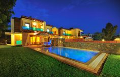 http://horizon-villas.com/wp-content/uploads/2014/07/villas-alia-10.jpg