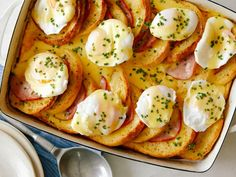Get Eggs Benedict Casserole Recipe from Food Network Egg Benedict, Eggs Benedict Casserole, Best Breakfast Casserole, Breakfast Dishes, Breakfast Recipes, Breakfast Ideas, Figs Breakfast, Brunch Casserole, Mexican Breakfast