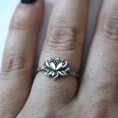 FashionJunkie4Life - Sterling Silver Lotus Flower Ring, $20.00 (http://www.fashionjunkie4life.com/sterling-silver-lotus-flower-ring/)