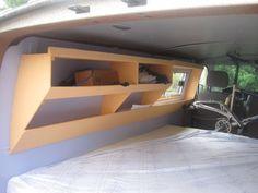 Peinture+Matelas - Album photos - Aménagement Plus - Vw T3 Camper, Kombi Motorhome, Mini Camper, Camper Trailers, Travel Trailers, Van Storage, Camper Storage, Transporteur Volkswagen, Van Dwelling