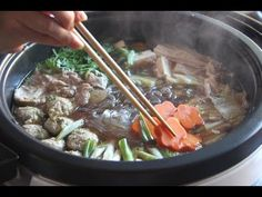 Chanko Nabe Recipe – Japanese Cooking Family style and Sumo wrestlers' food. Raw Food Recipes, Asian Recipes, Ethnic Recipes, Japanese Recipes, Japanese Food, Asian Foods, Yummy Recipes, Cooking 101, Asian Cooking