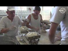 Jak powstaje chleb? Wizyta z kamerą w piekarni - YouTube