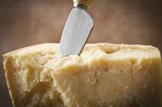 L'Emilia-Romagna in sintesi – La Tua Italia Camembert Cheese, Pineapple, Fruit, Food, Geography, Gastronomia, Italia, Pine Apple, Essen