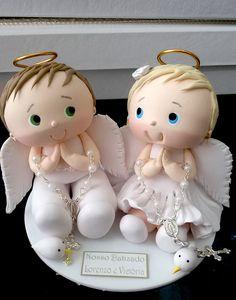 Topo de batizado gêmeos anjinhos