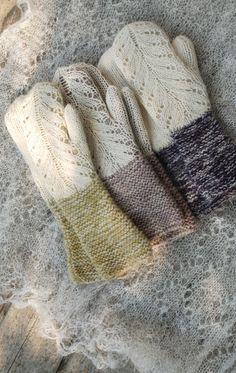 Hilda Mittens – a free knitting pattern by Kristi Everst. Lace Knitting, Knitting Patterns Free, Knit Crochet, Crochet Patterns, Knit Lace, The Mitten, Knit Mittens, Knitted Gloves, Knitted Mittens Pattern