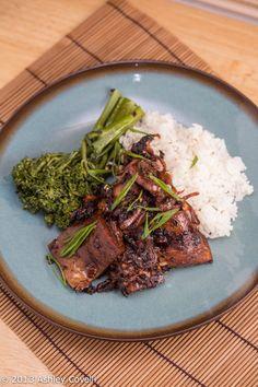 Bulgogi Style Tofu - a flavorful vegan version of a traditionally meat-heavy Korean BBQ dish. Great Vegan Recipes, Simply Recipes, Tofu Recipes, Salad Recipes, Simply Food, Vegetarian Recipes Dinner, Dinner Recipes, Bulgogi Recipe, Grilled Cheese Recipes