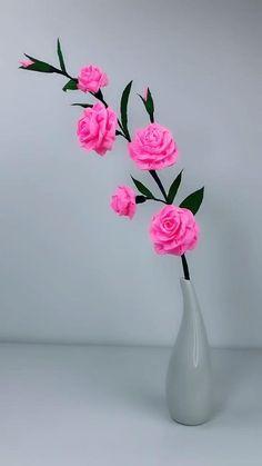 Crepe Paper Crafts, Origami Paper Art, Paper Flowers Craft, Diy Origami, Origami Flowers, Flower Crafts, Diy Flowers, Fabric Flowers, Tutorial Rosa