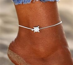 Anklet and toe ring design Beaded Foot Jewelry, Ocean Jewelry, Beach Jewelry, Trendy Fashion Jewelry, Unique Jewelry, Toe Ring Designs, Thing 1, Golden Jewelry, Toe Rings