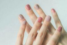 38 Stunning Neutral Nail Art Designs 2019 pink and grey colored nails Taupe Nails, Pink Nails, Blush Nails, Pastel Nails, Acrylic Nails, Coffin Nails, Gradient Nails, Hair And Nails, My Nails
