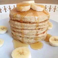 Pancakes banane-avoine - Les cuillères en bois - The Best Breakfast and Brunch Spots in the Twin Cities - Mpls. Banana Oat Pancakes, Banana Oats, Vegan Pancakes, Breakfast Pancakes, Brunch Recipes, Breakfast Recipes, Pancake Recipes, Baking Recipes, Waffles