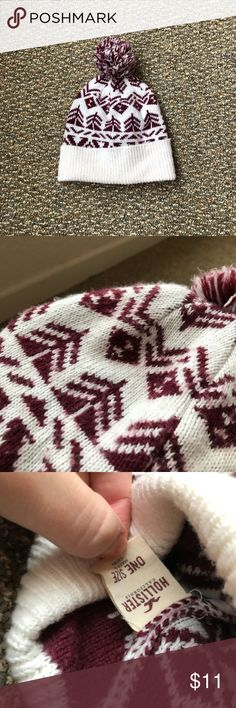 Hollister Beanie Hat ⛄️ Adult-sized maroon and white hat from Hollister! This is able to be machine washed and really warm and cozy 😊 Hollister Accessories Hats