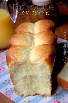 La vraie brioche Nanterre du boulanger facile et inratable - Expolore the best and the special ideas about French recipes Homemade Croissants, Bread Appetizers, Cooking Bread, Vegan Dessert Recipes, Sweet Potato Recipes, Lidl, Cooking Time, Food To Make, Good Food